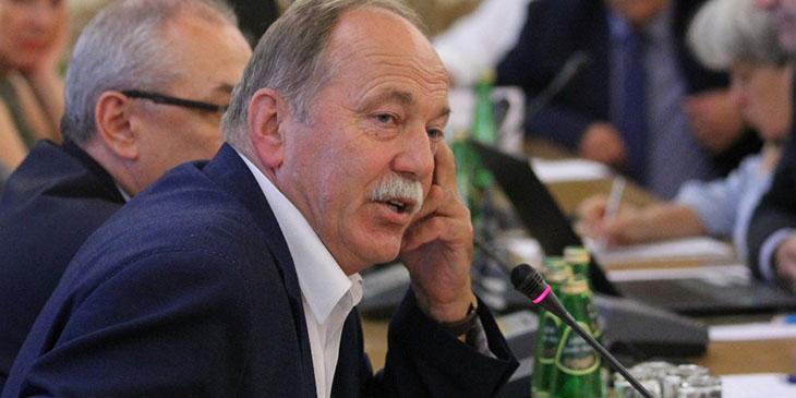 """Ryszard Proksa, przewodniczący Prezydium Krajowej Sekcji Oświaty i Wychowania NSZZ """"Solidarność""""."""